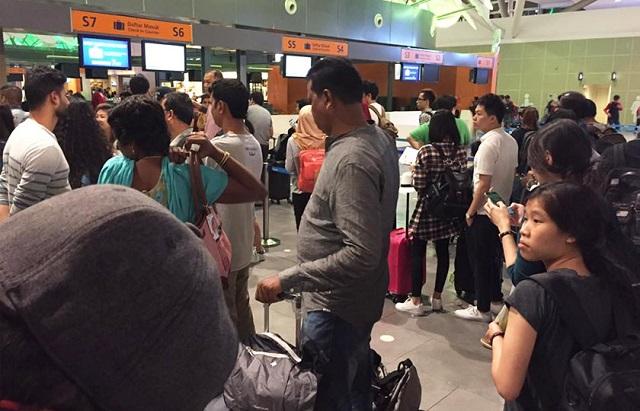 Penumpang AirAsia 'Mengamuk' Penerbangan Batal Saat Akhir