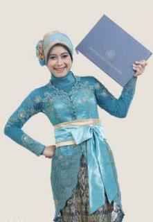 Kebaya Kutu Baru Muslim Model Terbaru