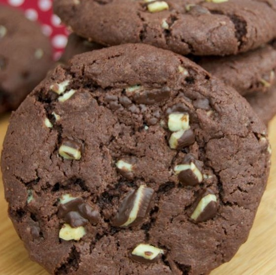 Mint Chocolate Andes Cookies #Cookies #Chocolate