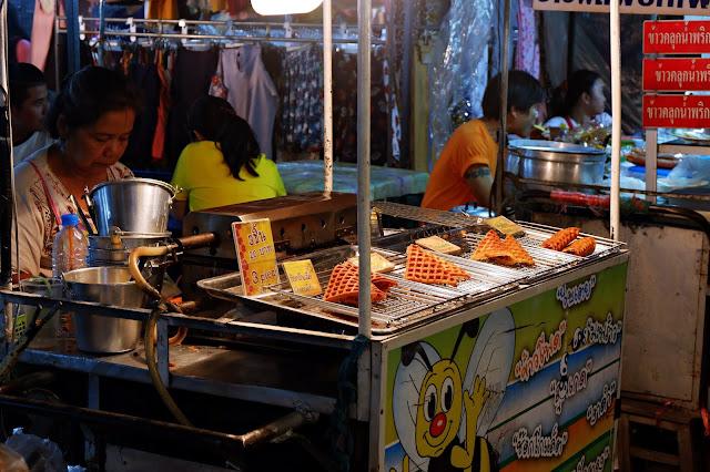 Backpacker Murah ke Thailand : Hari Keempat Cara Menuju Pak Chong Khao Yai (Palio Village & Primo Piazza)