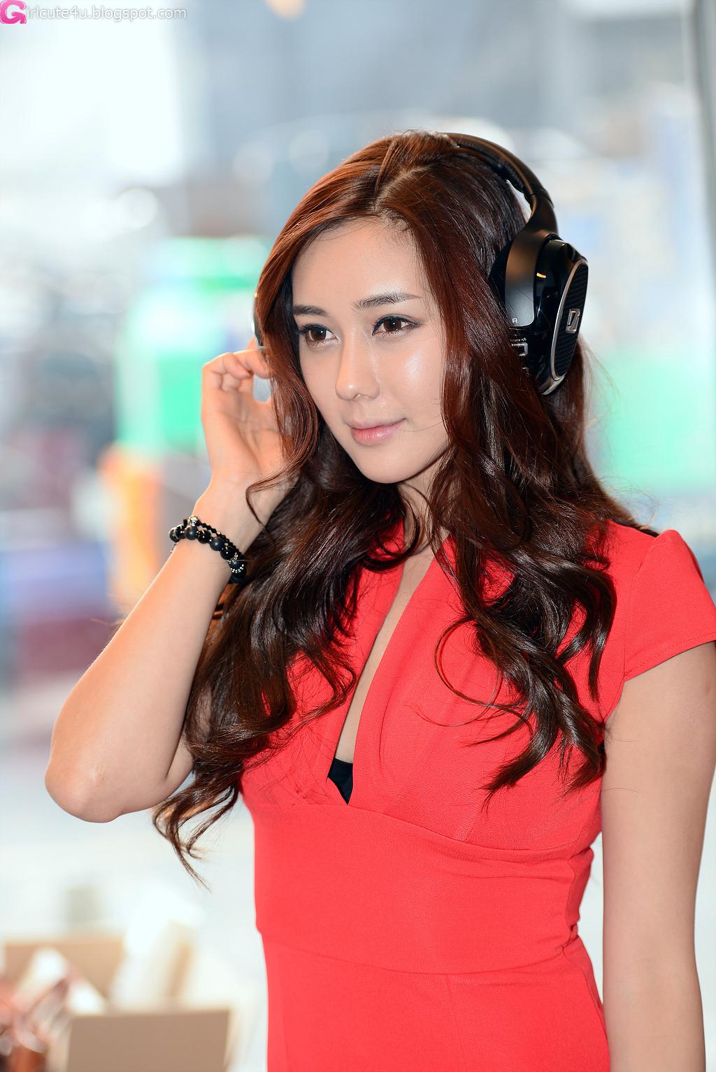 xxx nude girls: Kim Ha Yul - CJ SuperRace 2012 R2