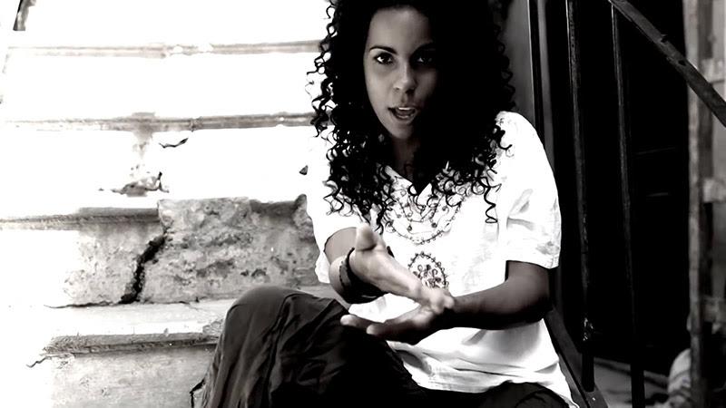Danay Suárez - ¨Yo Aprendí¨ - Videoclip - Dirección: Wilberg H. Monterde. Portal Del Vídeo Clip Cubano - 05