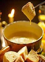 Важной составляющей швейцарской кухни являются сыры и блюда на их основе.