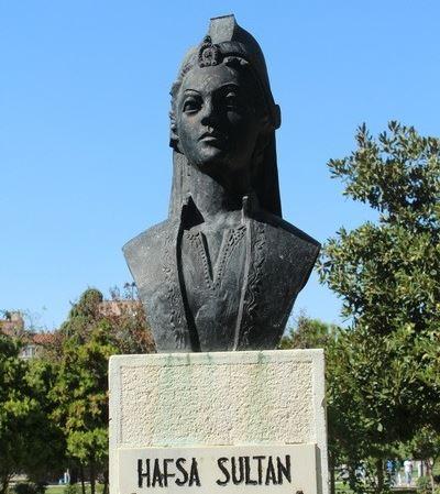 bust of hafsa sultan