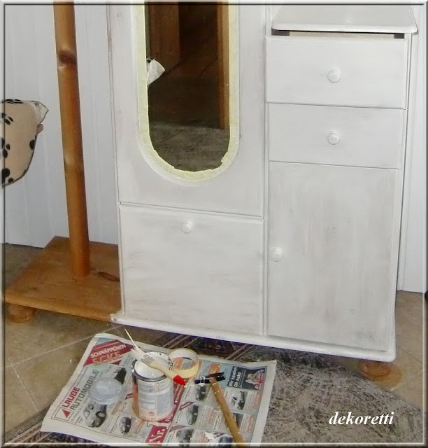 dekoretti s welt alte flurgarderobe aufpimpen. Black Bedroom Furniture Sets. Home Design Ideas