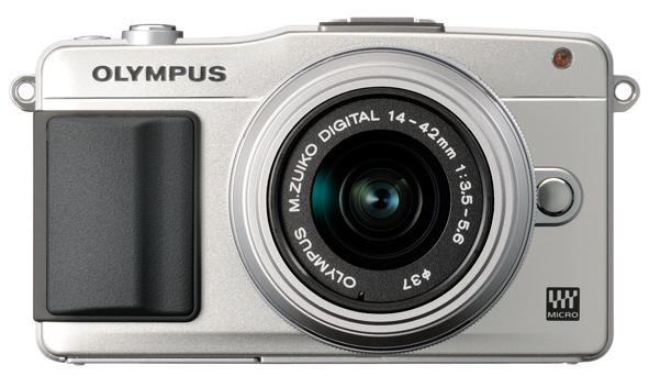 Fotografia frontale della Olympus PEN E-PL2