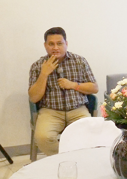 Dr. Duane Salud