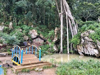 Review Objek Wisata Taman Tirtasari