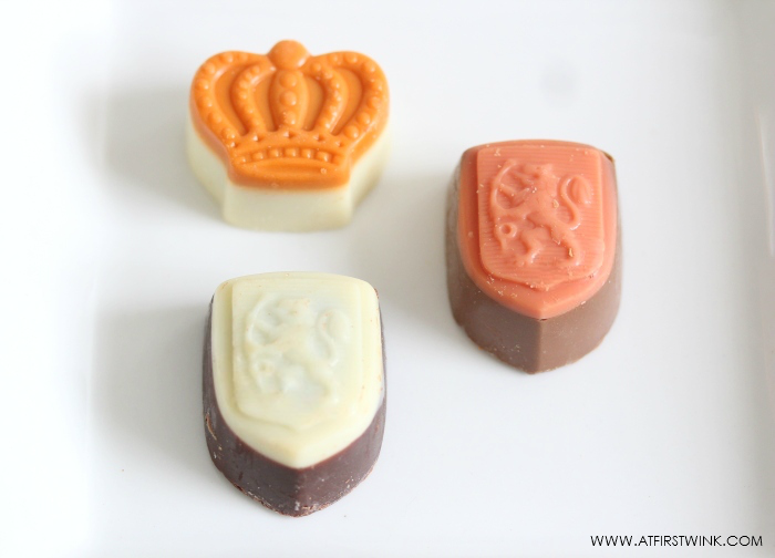 Dutch Royal Orange chocolate bonbons