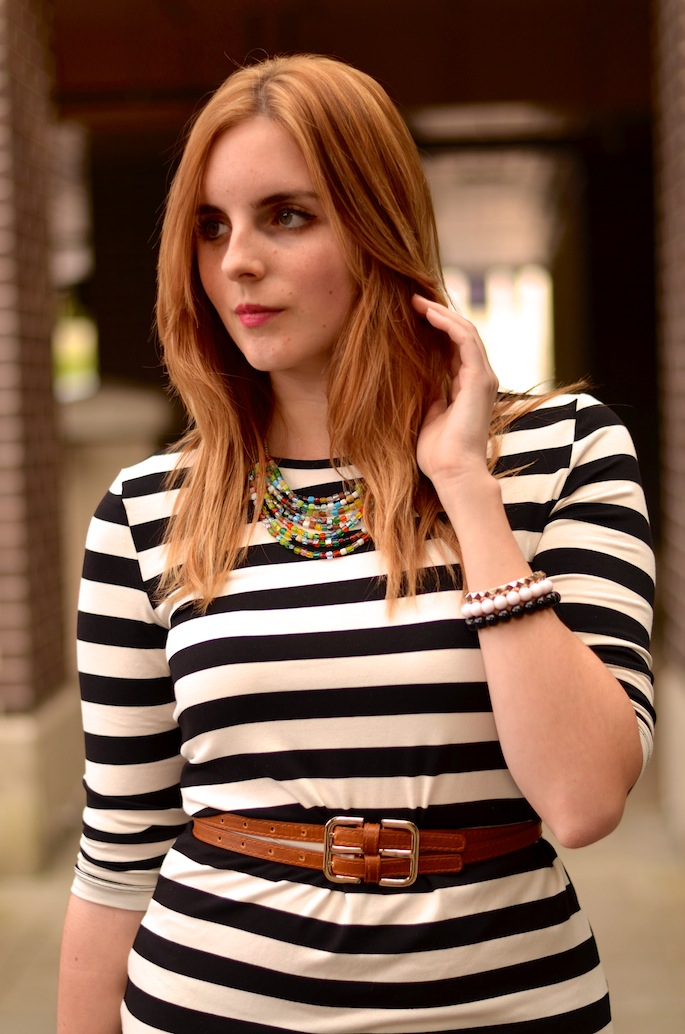 How to Style a Striped  Midi Dress