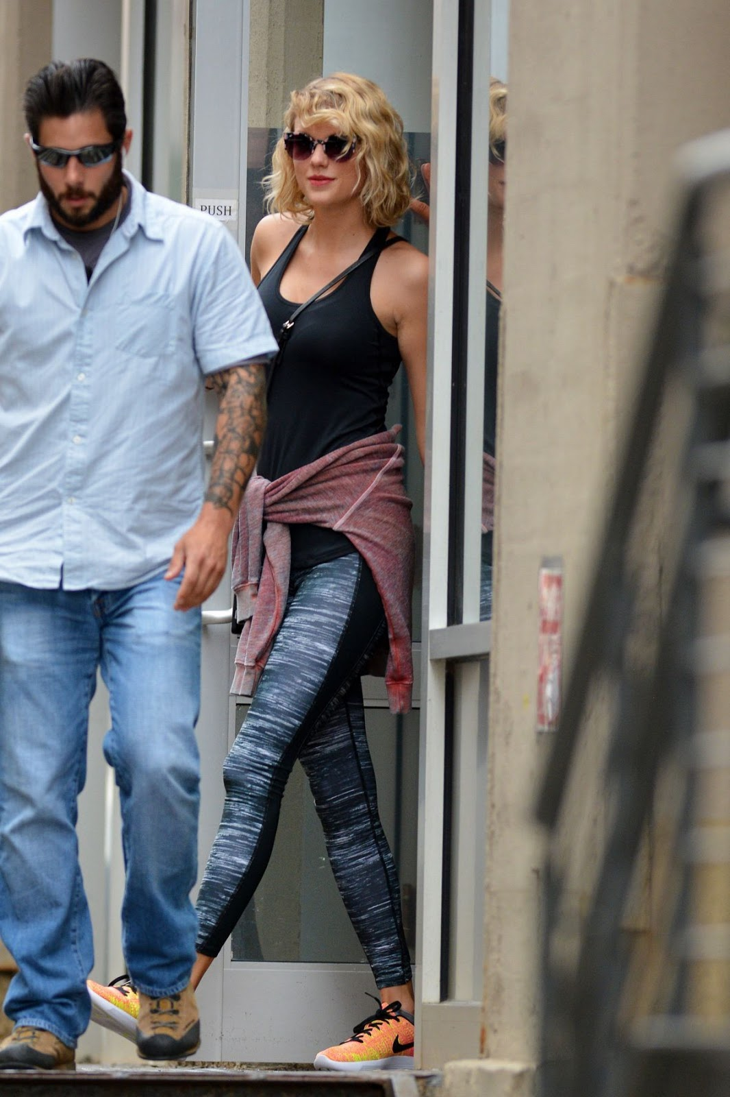 Hot Taylor Swift Leaves a Gym in New York