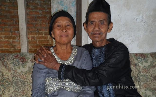 (Alm) Kakek dan nenek tercinta