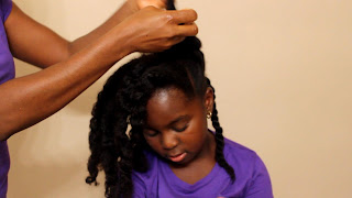 QUICK CUTE LITTLE GIRLS HAIRSTYLES | Bun and Twists DiscoveringNatural