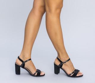 Sandale negre cu toc gros simple de vara de zi