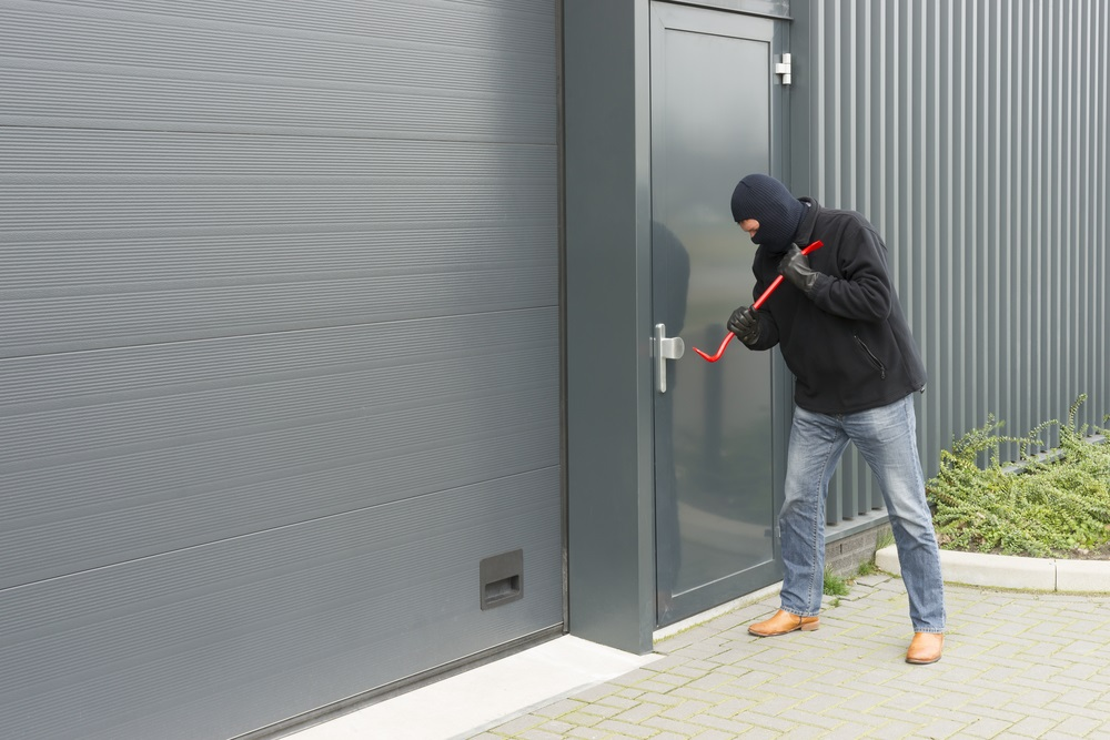 How to Properly Burglar-proof Your New Home | Electrician near Glendora