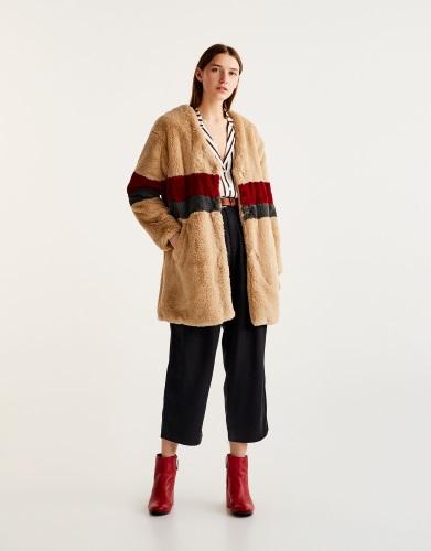 abrigos juveniles pull&bear