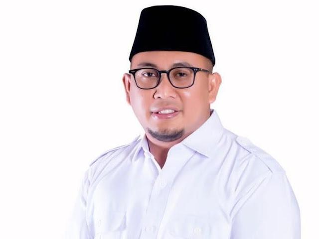 Bantah Politisasi Salat Jumat, BPN Prabowo Singgung Saf Jokowi Dimundurkan