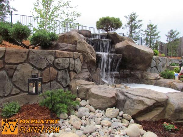 Moderne décor de cascade