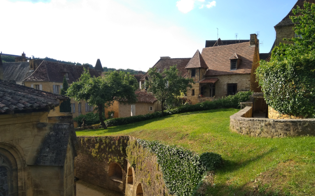 Sarlat: jardins i cases