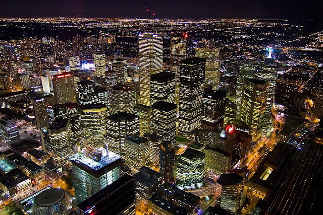 Top 5 Best Things To Do in Toronto Canada
