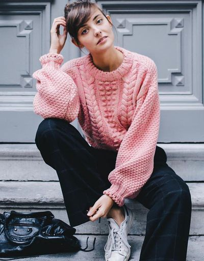 Pretty in pink sweater Outfits: The color hue about to take over