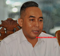 Ditemani Tokoh Bima Mataram, Mori Hanafi Resmi Mendaftar Bacawagub di PAN
