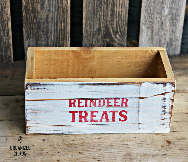 Easy DIY Stenciled Craft Shop Wood Boxes #Michaels #stencil #whitewash  #treatbox #reindeerfood #Christmasdecor #diyChristmas