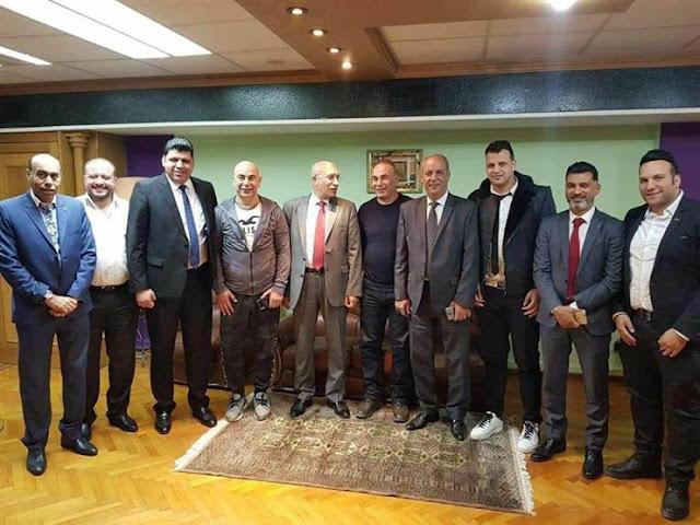 حسام حسن وإبراهيم حسن يجددان عقدهما مع النادي المصري