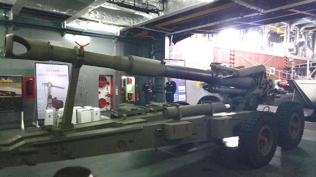 الفلبين تعتزم شراء اسلحة وصواريخ من اسرائيل Philippine%2BArmy%2Band%2BMarines%2BGet%2B3%2Bnew%2B155mm%2BTowed%2BHowitzers%2Bfrom%2BIsrael%2B1