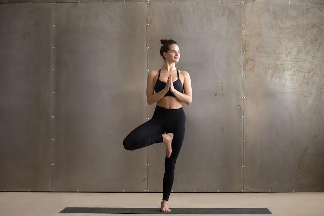 Mỗi ngày một tư thế Yoga | 5-Tư thế cây xanh