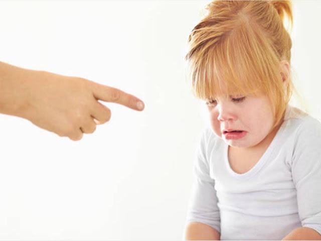 كيفية عقاب الطفل دون التأثير على شخصيته، كيف أعاقب طفلى، عقاب الطفل