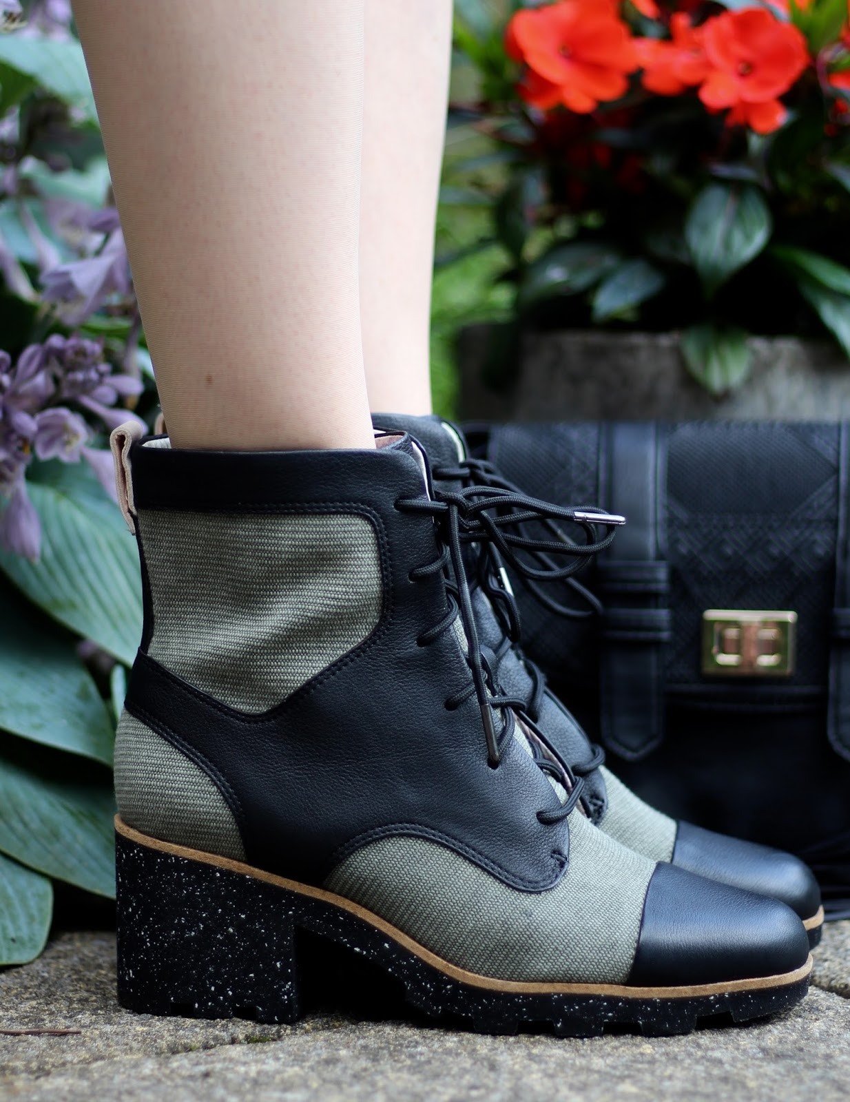 Fake Fabulous | Chunky Christopher Raeburn boots, green t-shirt dress, skull scarf, over 40.