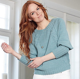 pulover-s-reglannymi-kosami