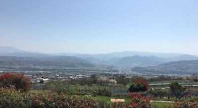 湯楽里館前から見えるパノラマ景色