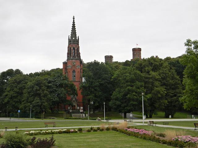 Czerwony kościółek w Kamieńcu Ząbkowickim.