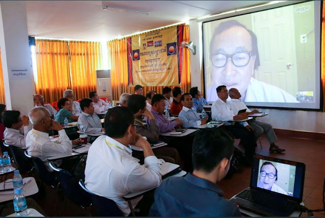 Sam Rainsy talks with CNRP party members in Cambodia from the United States via video stream earlier this week. Photo supplied