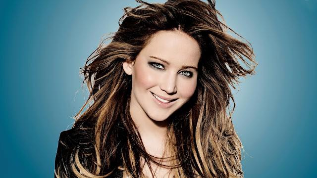 Jennifer Lawrence smile