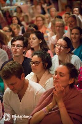 Rozdział 18 dyskurs bhagawad Gity z Paramahamsą VIshwanandą