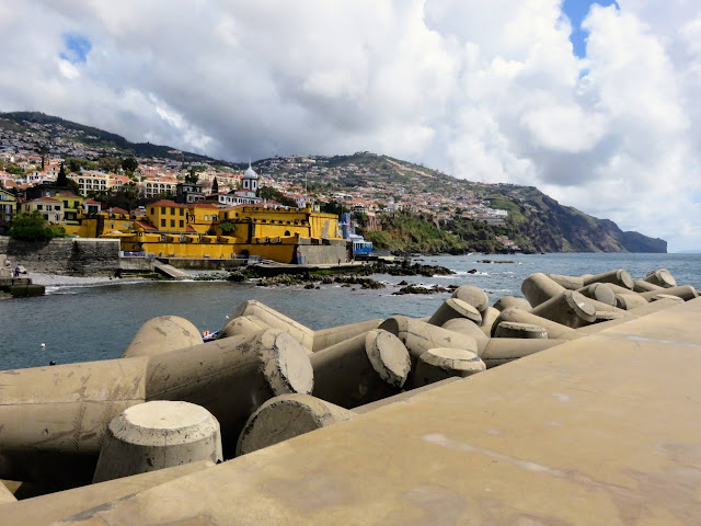 Weekend in Madeira: Breakwall along the coast of Funchal in Madeira