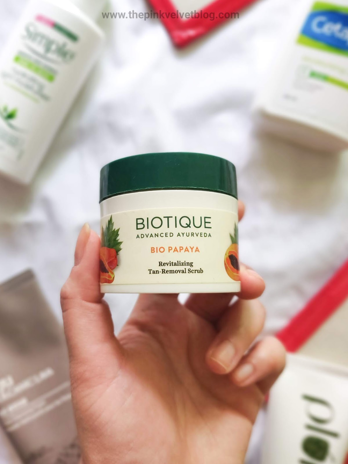"Biotique ""Bio Papaya"" Revitalizing Tan-Removal Scrub - Review"