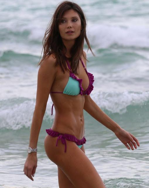 Julia Pereira – Bikini Candids in Miami