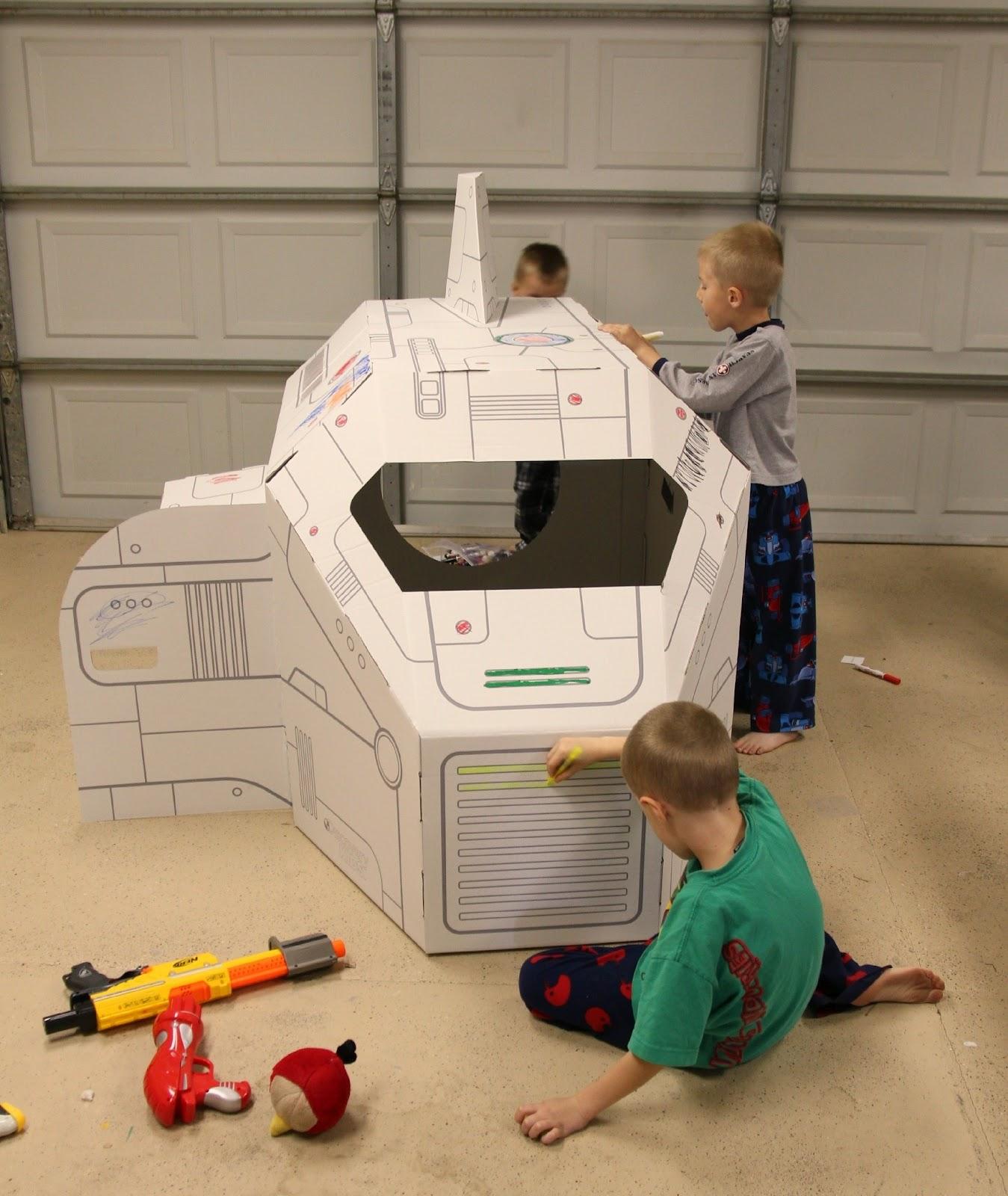 The Gardners: Cardboard Spaceship