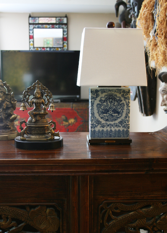 apartmentf15: ralph lauren blue&white asian style lamps
