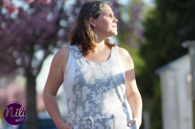 LiveSewAlong - Anna von einfach nähen - Latzkleid - Sweatkleid - Belonna - Schnittgeflüster