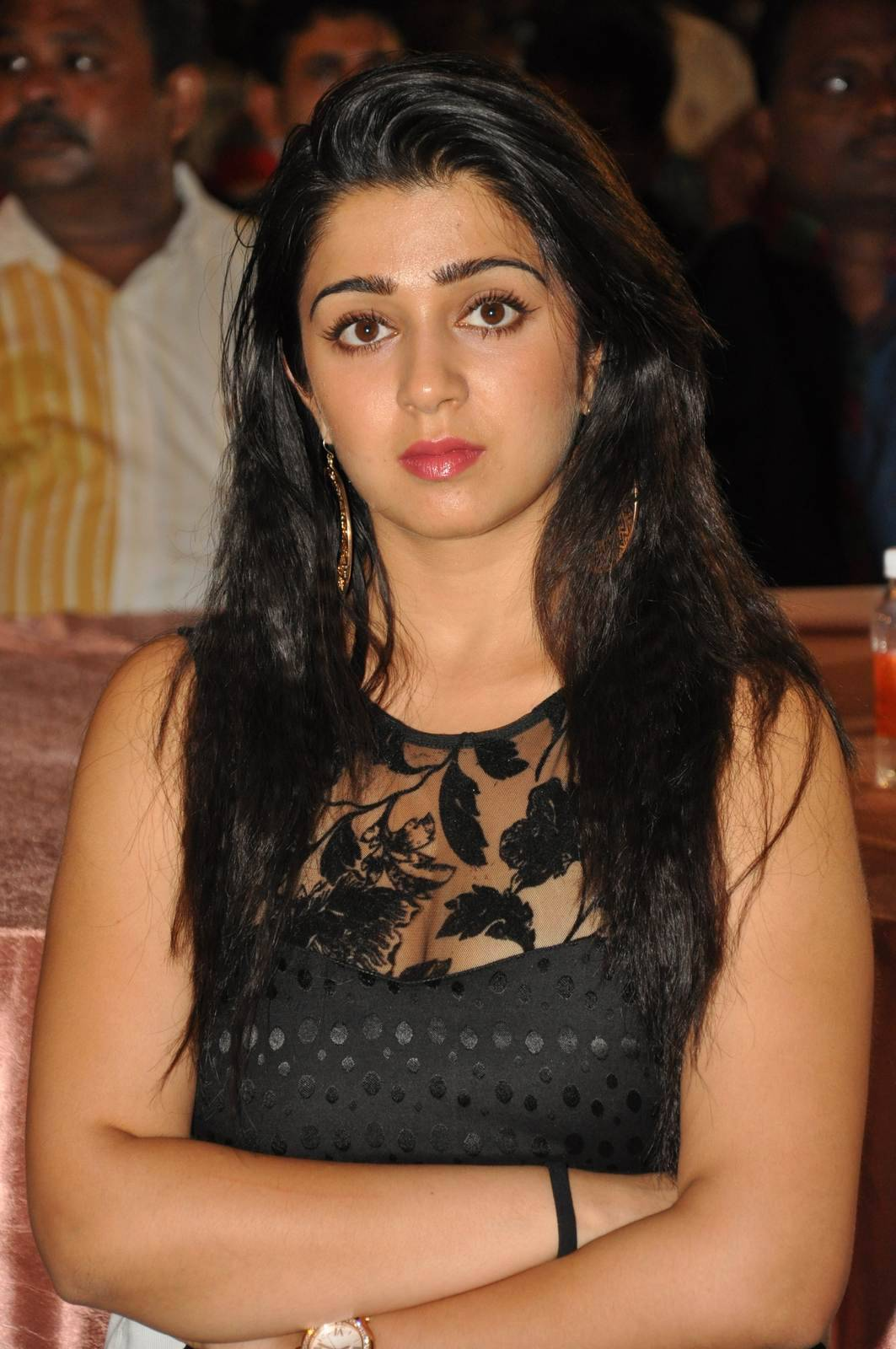 Charmi Photo Gallery with no Watermarks, Charmee Kaur Pics Clicked in Black Dress at Event