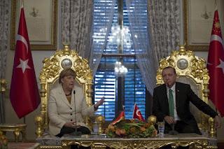 Браво Италия,браво Ренци! Италия блокира споразумението за бежанците между ЕС и Турция.