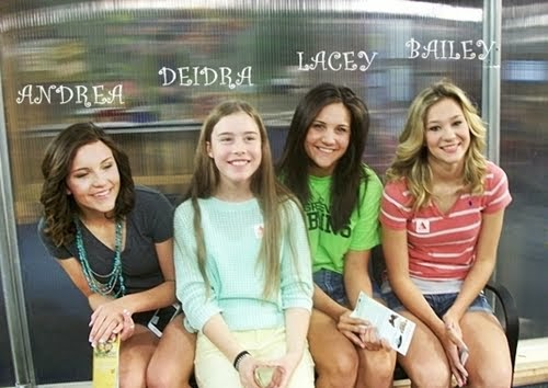 4 of the 7 beautiful grandgirls. ♥