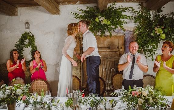 Wesele w stodole, florystka Kraków, kwiaty do ślubu, Stodoła dekoracje, Wesele w Krakowie