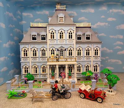 http://emma-j1066.blogspot.co.uk/2015/03/blue-mansion.html
