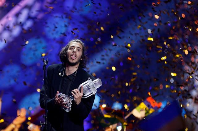 Сальвадору Собралу, який виграв Євробачення-2017 в Києві, зробили складну операцію з пересадки серця.